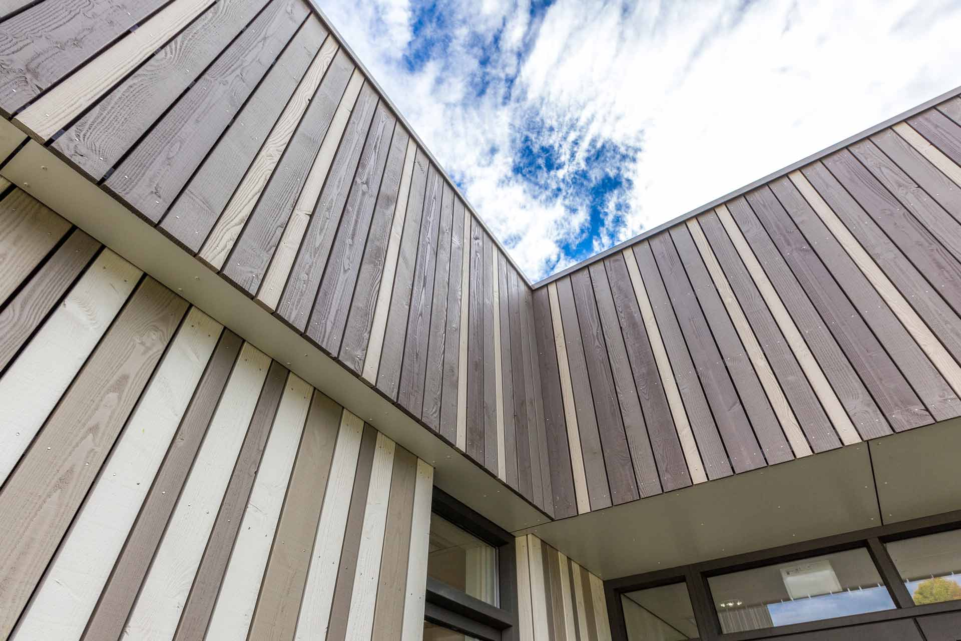 Zonneboom, Roosendaal, SoulWood, houten gevelbekleding, BVR, schoolgebouw